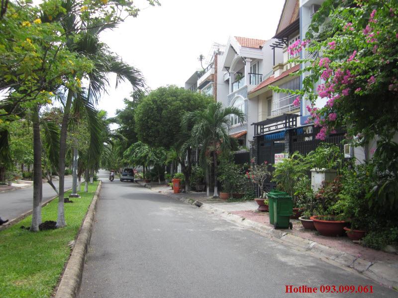 Cho thuê nhà Thảo Điền, quận 2, đầy đủ nội thất