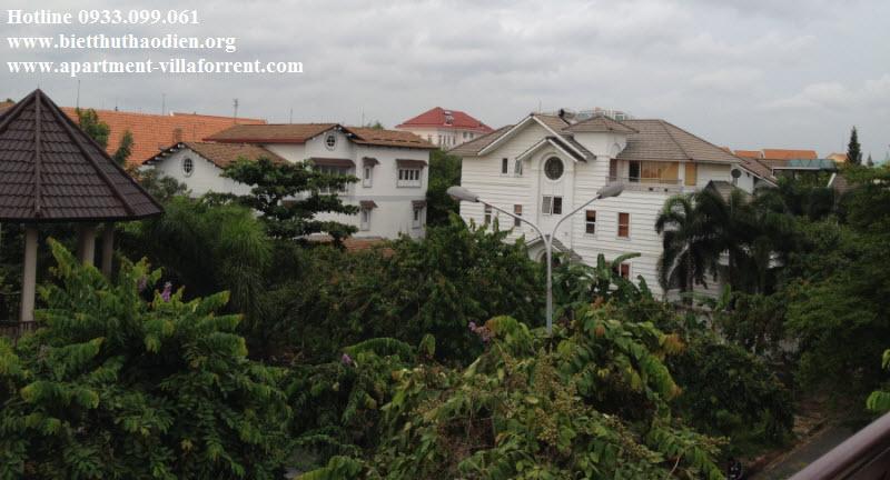 Biệt thự Thảo Điền cho thuê, khu compound rất an ninh, giá rẻ