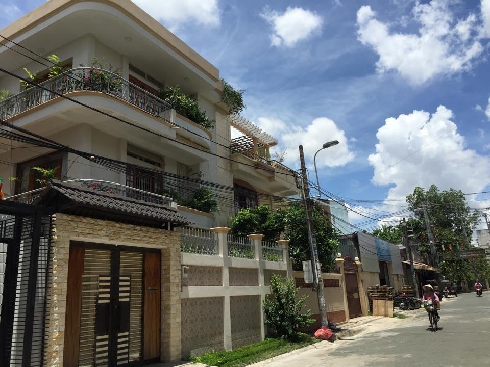 Bán biệt thự Nguyễn Xí phường 26 Bình Thạnh 10x18m 3 lầu